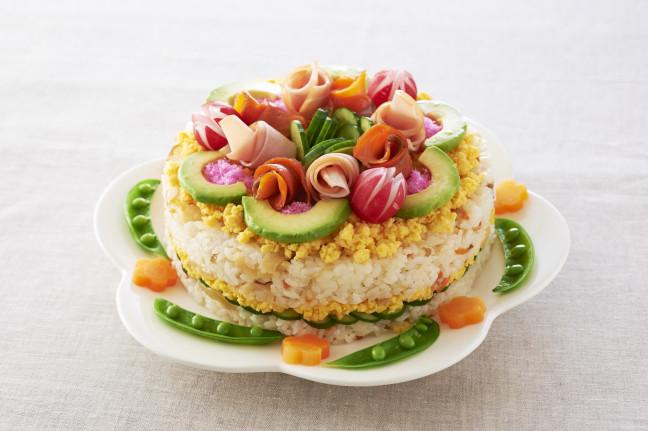 ひなまつりをもっと盛り上げたいなら☆今年のひなまつりはケーキ型のお寿司「ケーキすし」を作っちゃおう♪