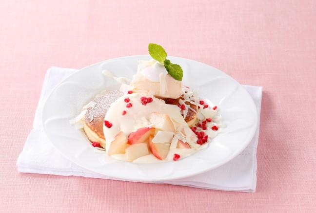 デニーズに美味しい桃のデザートが揃いました♪みずみずしいフレッシュな桃の魅力を丸ごと味わえちゃいますよ♡
