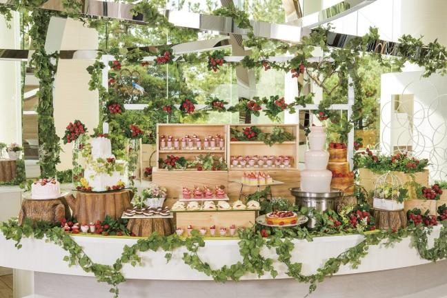 ホテルに苺畑ができちゃった!2017年最初のデザートブッフェはヒルトン東京ベイの「ストロベリー・フィールド」で決まり☆