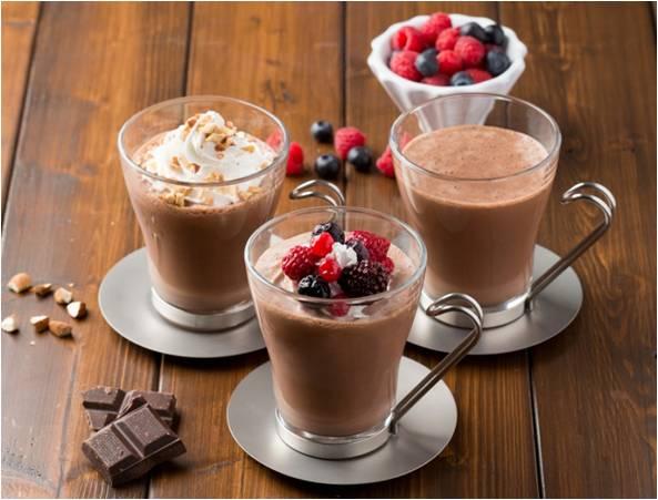 フレッシュネスバーガーで、ランチと一緒にカフェタイム♪ガーナ産カカオ100%の濃厚チョコレートドリンク『ショコラ』がバレンタインver.に♡