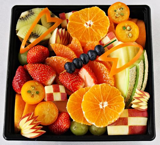 フレッシュな華やかさで、明るい一年をスタート!九州屋がカットフルーツで彩る「フルーツおせち」でお正月をもっと楽しく♪