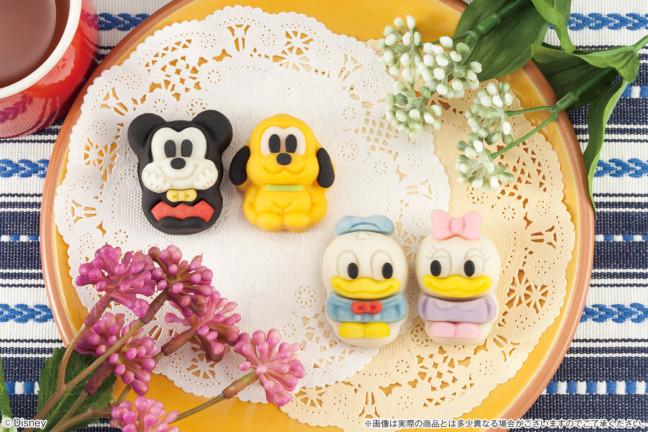 ディズニーキャラクターのキュートな和菓子で1年の始まりを笑顔にしちゃおう♪食べるのがもったいないくらい可愛い和菓子がセブン‐イレブンに登場!