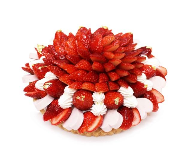 アートなケーキが揃ってるカフェコムサに苺をたくさん使用したケーキが大集合☆苺が最も美味しいこの季節に贈る「いちごコレクション」