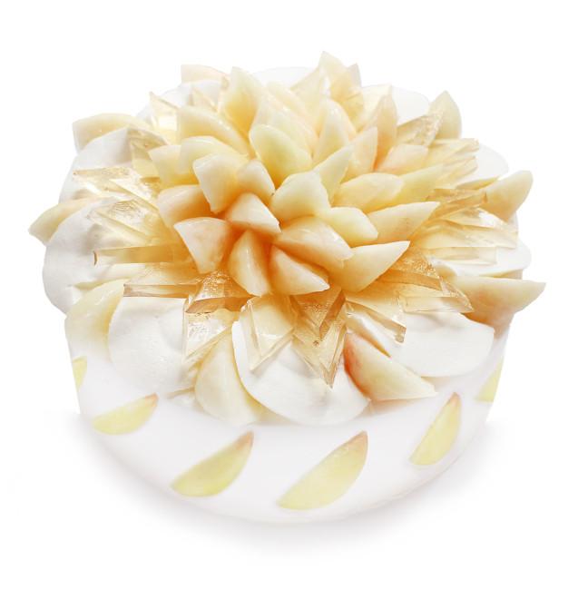カフェコムサ『ももコレクション』 桃とエルダーフラワーゼリーのショートケーキ