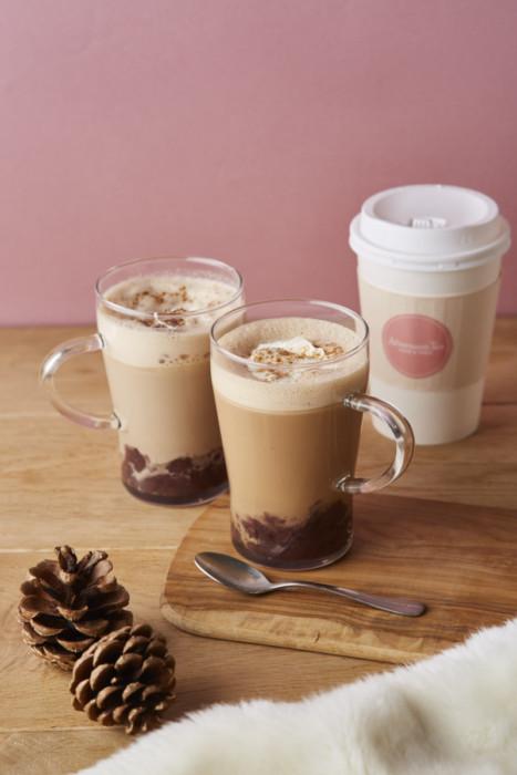 紅茶やコーヒーにあずきをプラスして♪ほっこりあったか冬の美味しさ♡「Afternoon Tea LOVE&TABLE」のポカポカ新ドリンク!