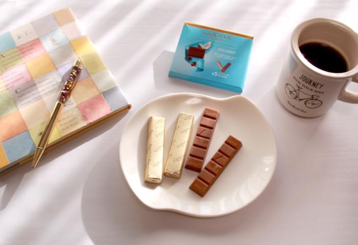 スティックタイプで食べやすい!GODIVAのチョコレート♪ちょっと贅沢なチョコがファミマやローソンで買えちゃいます♡